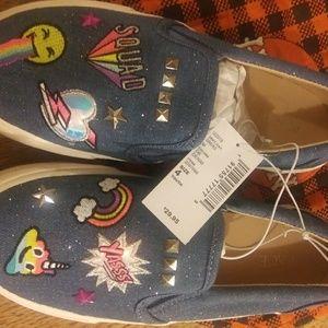 Girls size 4 sneaker